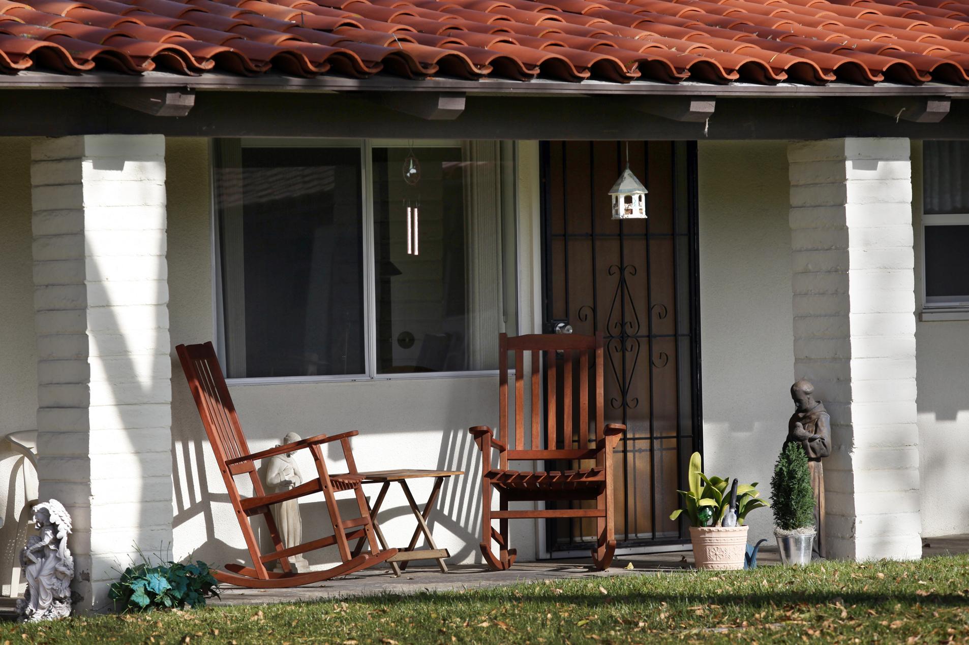 Nararth House San Diego Main Page
